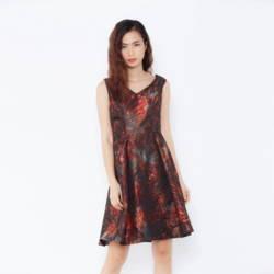 Đầm xòe lệch vai họa tiết nâu đỏ Cocoxi 16DT76_NĐ
