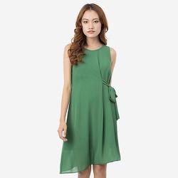 Đầm xanh lá suông thắt dây eo 1 bên Leena 8DN09