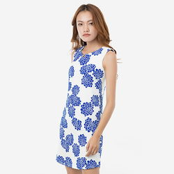 Đầm suông hoa xanh cổ cách điệu Leena 8DN011