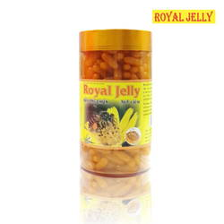 01 hộp (365v) sữa ong chúa Royal Jelly + 03 hộp (10 gói/hộp) trà gừng hòa tan