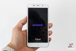 [Hyundai] Điện thoại Seoul Ram 3G