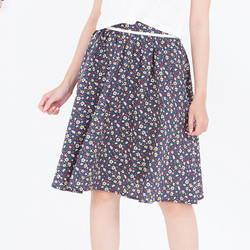 Chân váy hoa kem bỏ bạ lưng 2VN010