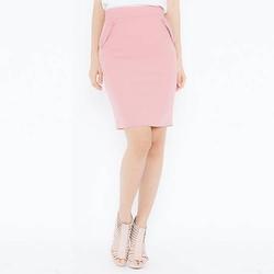Chân váy ôm hồng đính nút ở túi Leena 3VN02-H